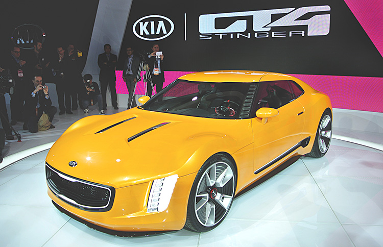 Kia introduces rear-drive GT4 Stinger Concept