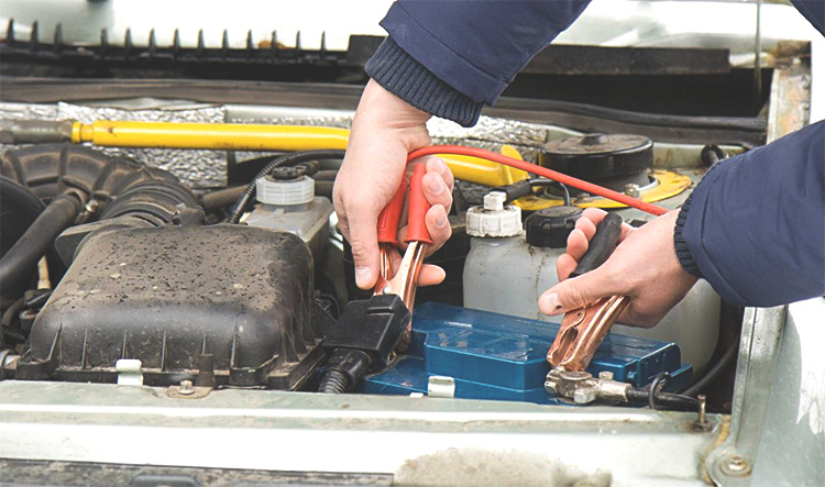 Using Jumper Cables : How to use jumper cables car tips