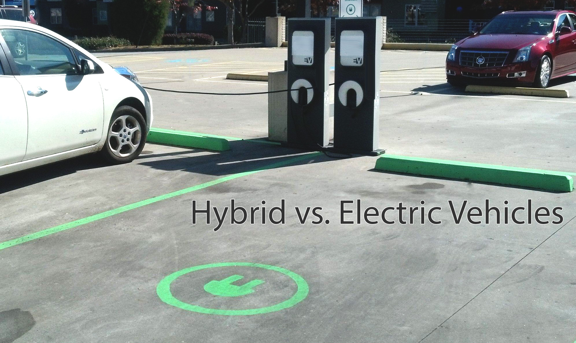 Differences Between Hybrid Cars & Regular Cars