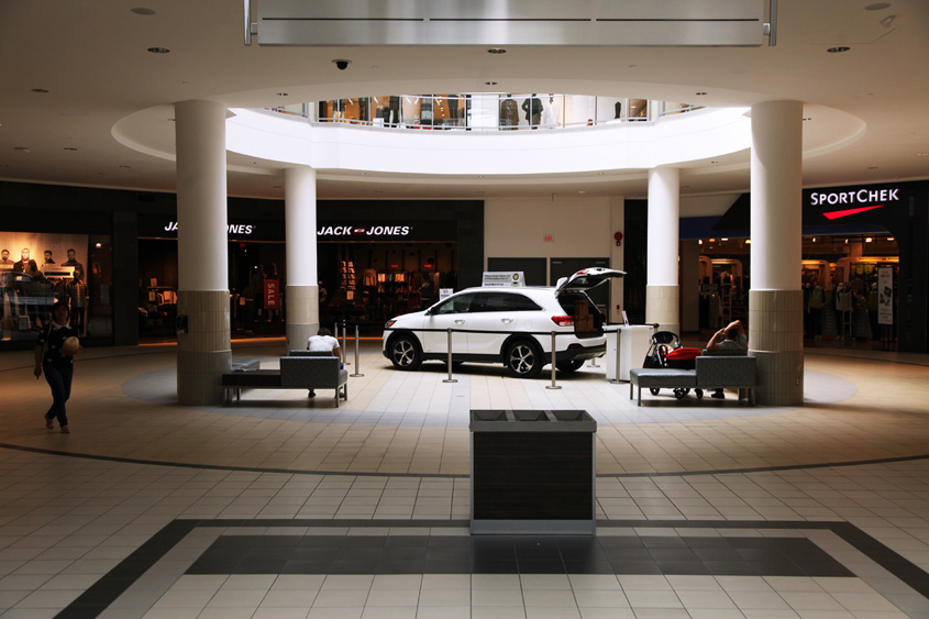 Kia Sorento in the Upper Canada Mall in Newmarket