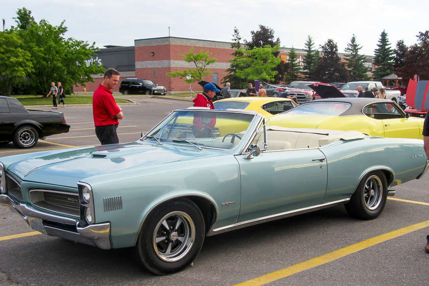 Hwy 11 Cruisers Classic Car Club