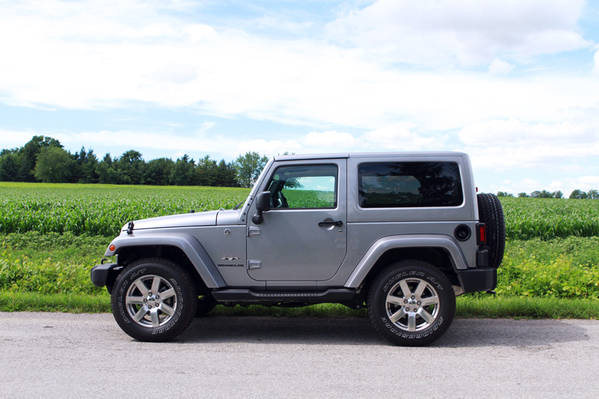 2016 Jeep Wrangler side profile