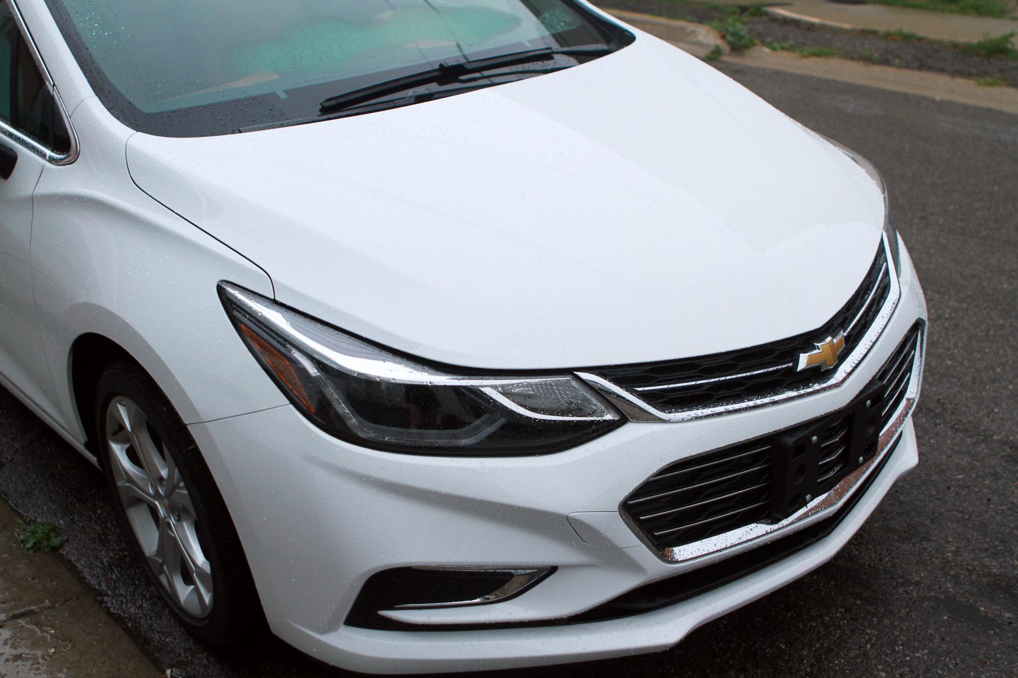 White 2016 Chevrolet Cruze