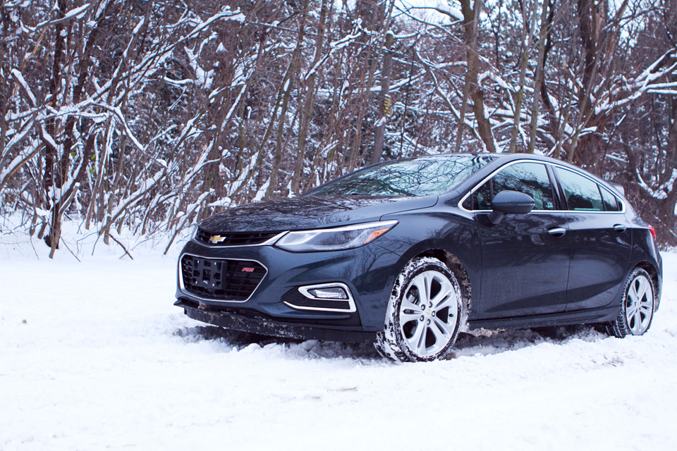 2017 Chevrolet Cruze Hatchback in winter
