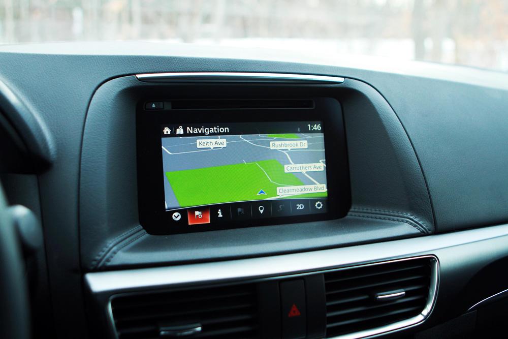 Mazda CX-5 GPS navigation photo